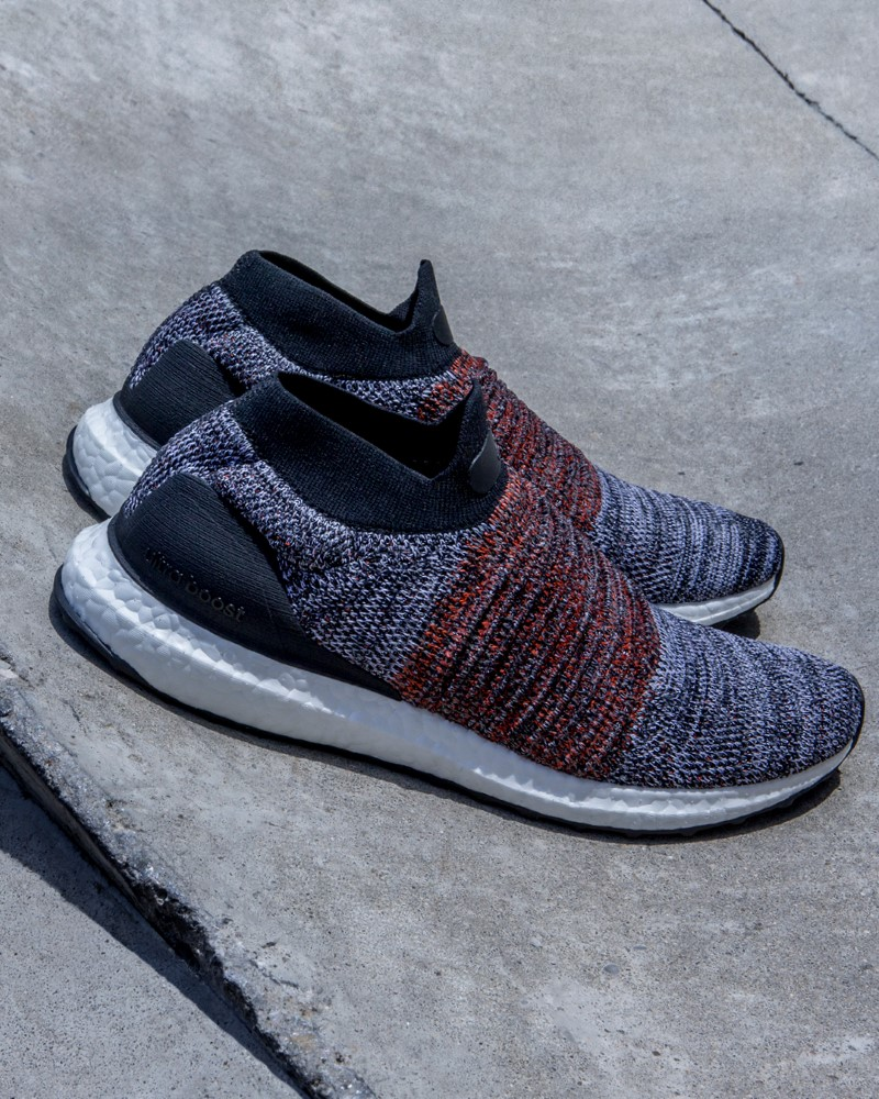 adidas UltraBOOST Laceless Red