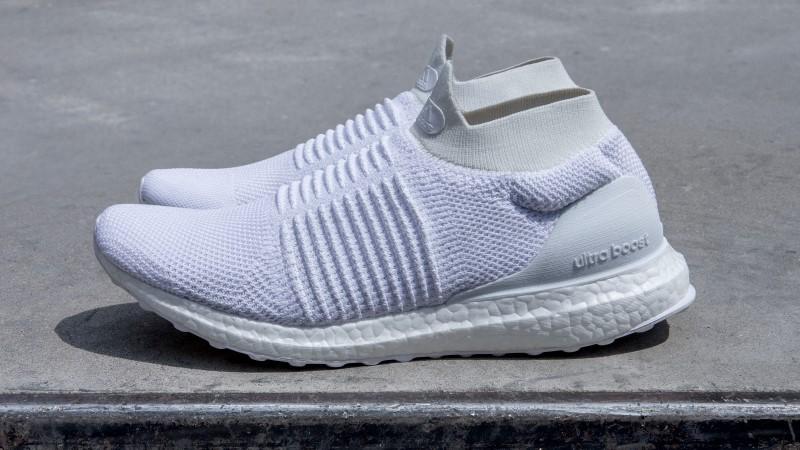 adidas UltraBOOST Laceless White