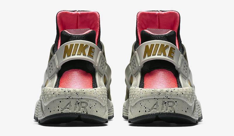 Nike Air Huarache Mowabb