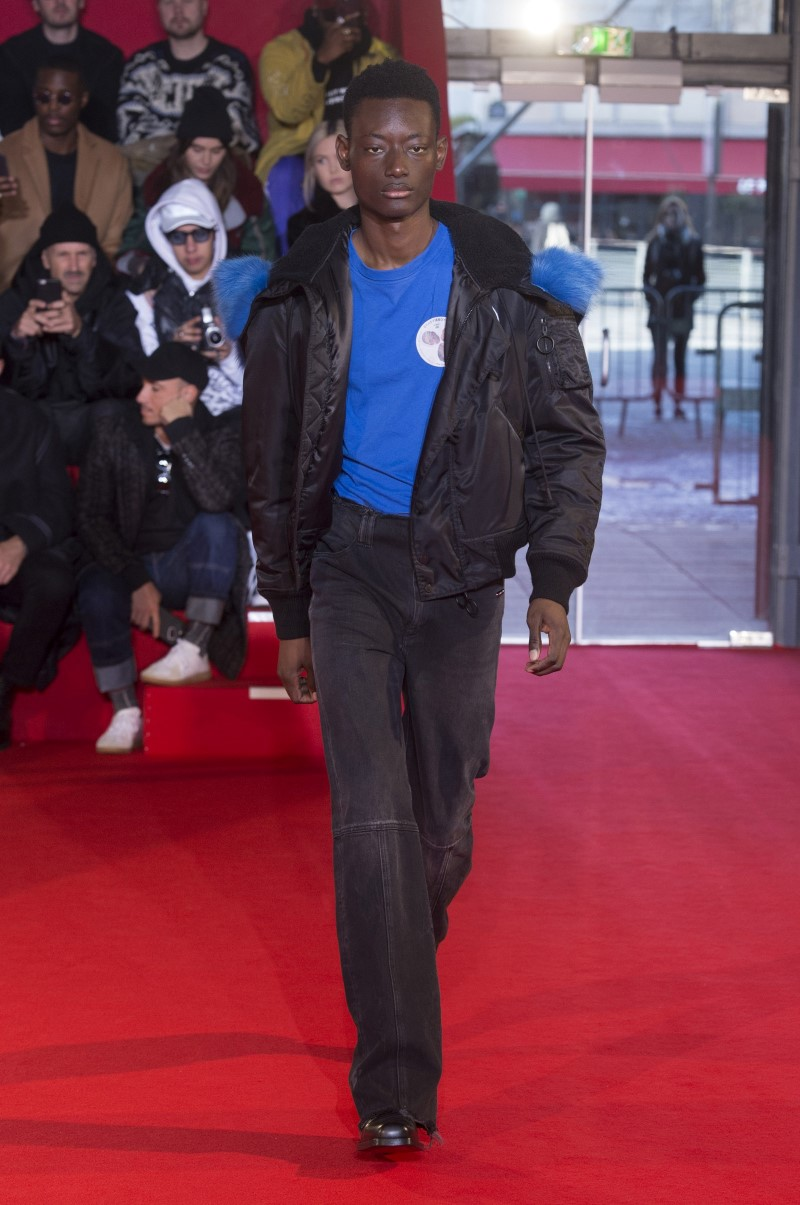Off-White - Fall/Winter 2018-2019 - Paris Fashion Week