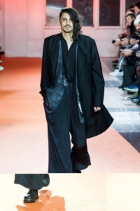 Yohji Yamamoto - Fall/Winter 2018-2019 - Paris Fashion Week