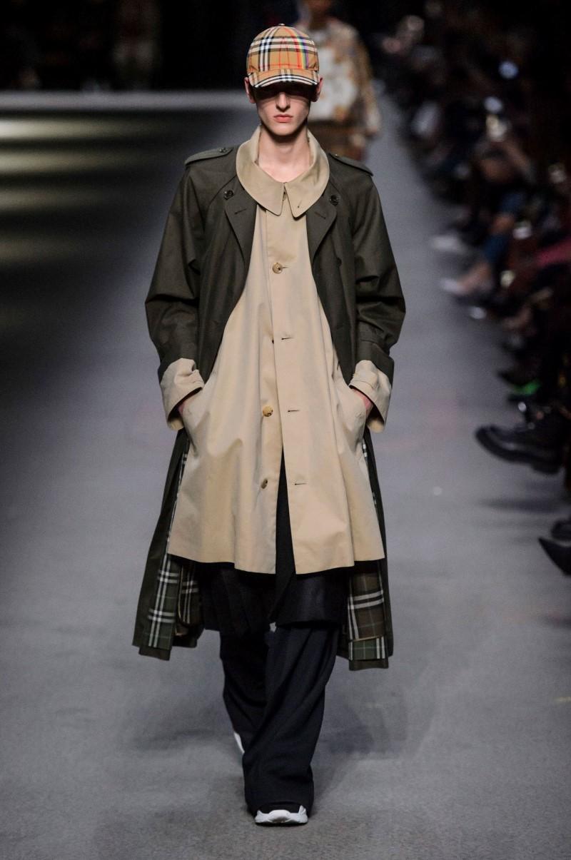 Burberry - Automn-Hiver 2018 – London Fashion Week