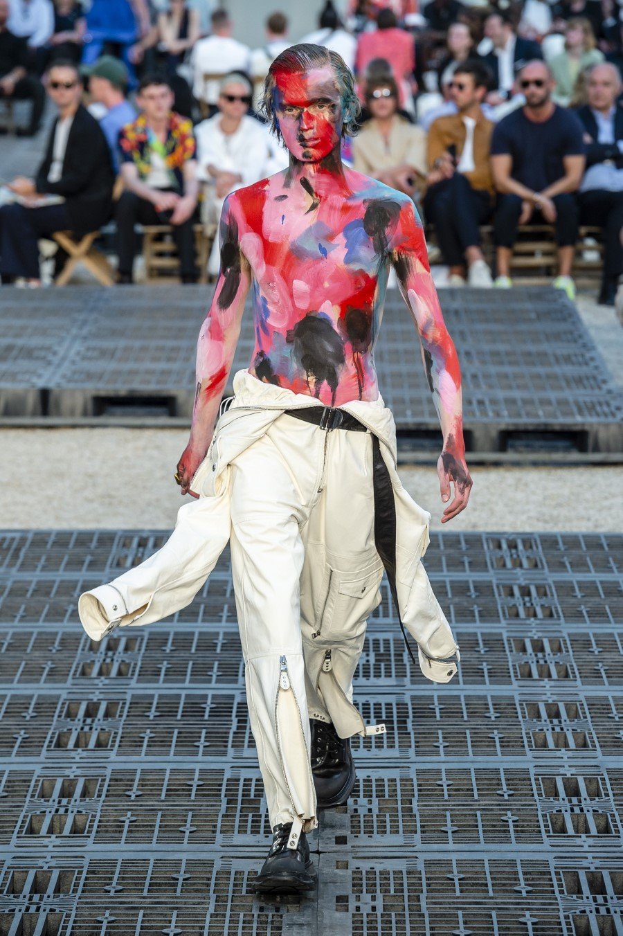 Alexander McQueen Spring/Summer 2019 - Paris Fashion Week
