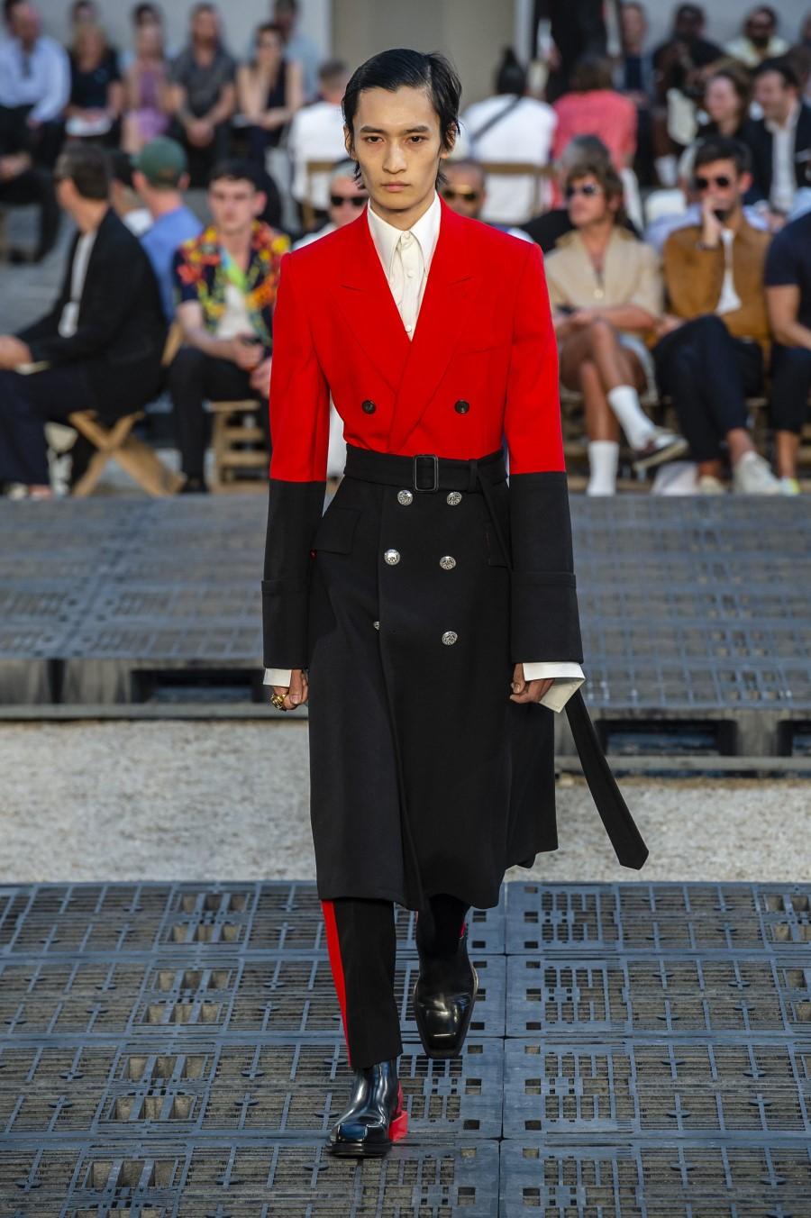 Alexander McQueen Spring/Summer 2019 - Paris Fashion Week