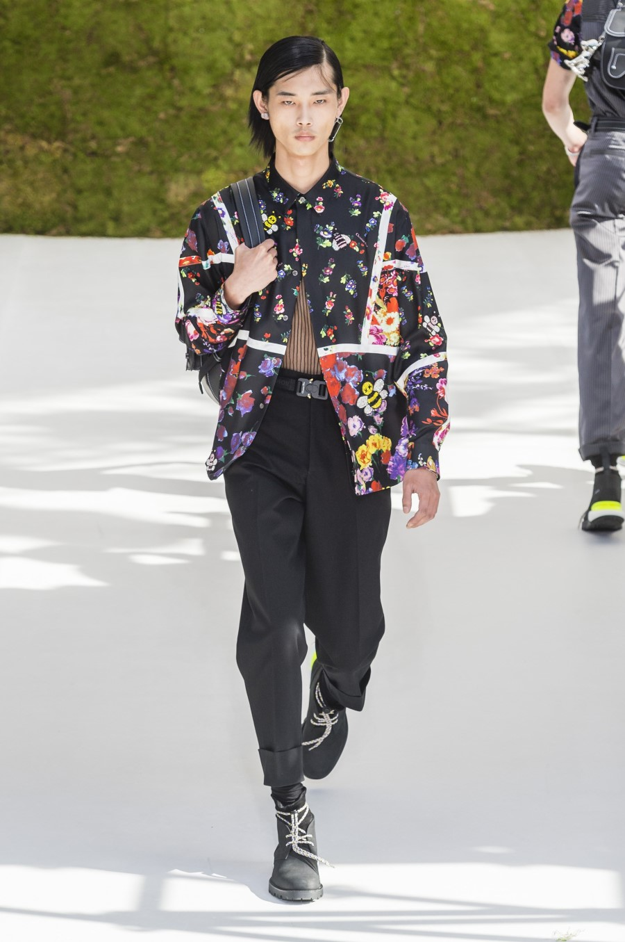Dior Homme – Printemps Été 2019 – Paris Fashion Week - Essential Homme d6f53a2d5aa