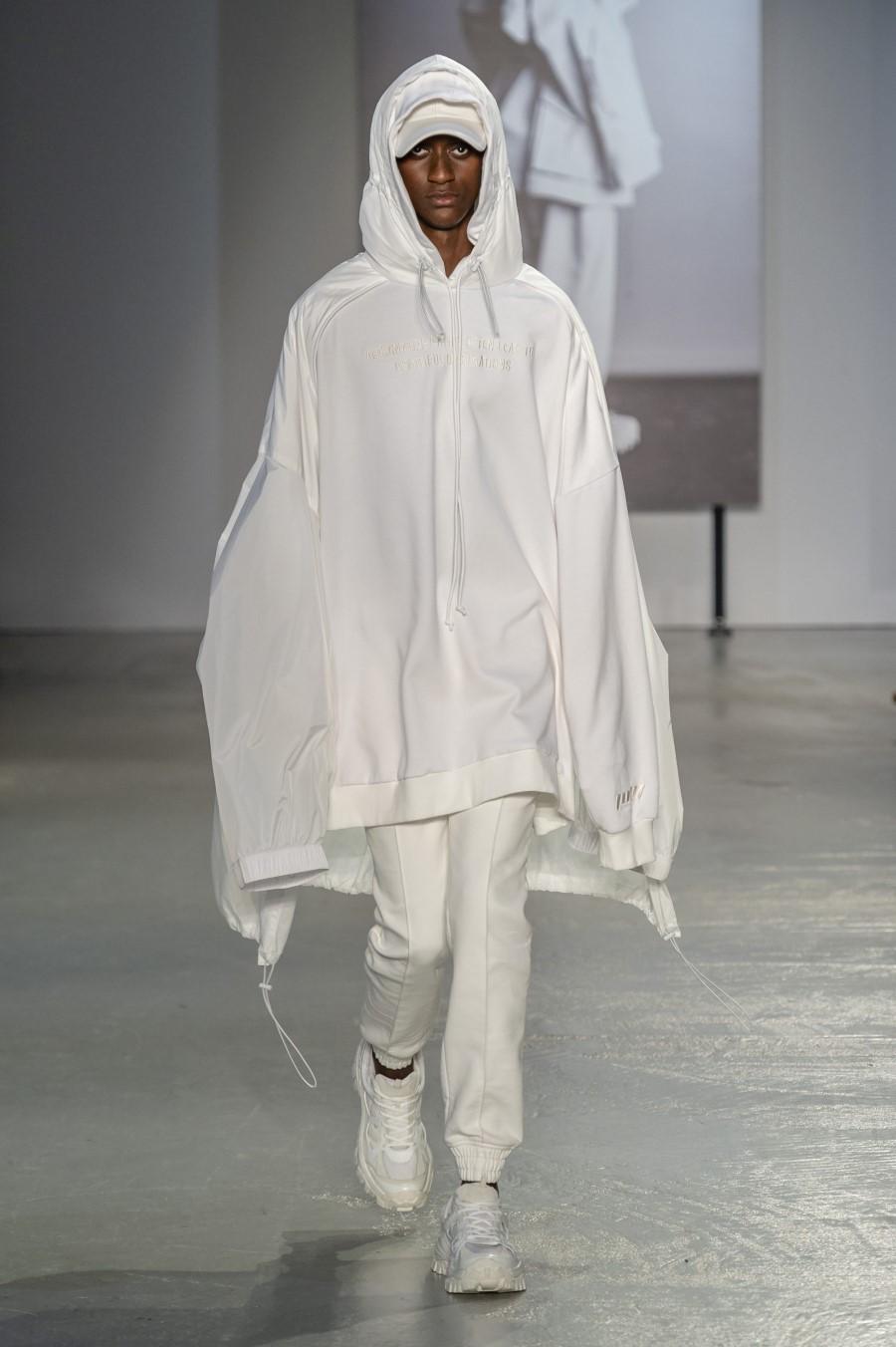 Juun.J Spring/Summer 2019 - Paris Fashion Week