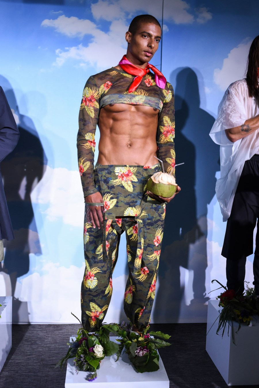 Michiko Koshino Printemps/Été 2019 – London Fashion Week Men's