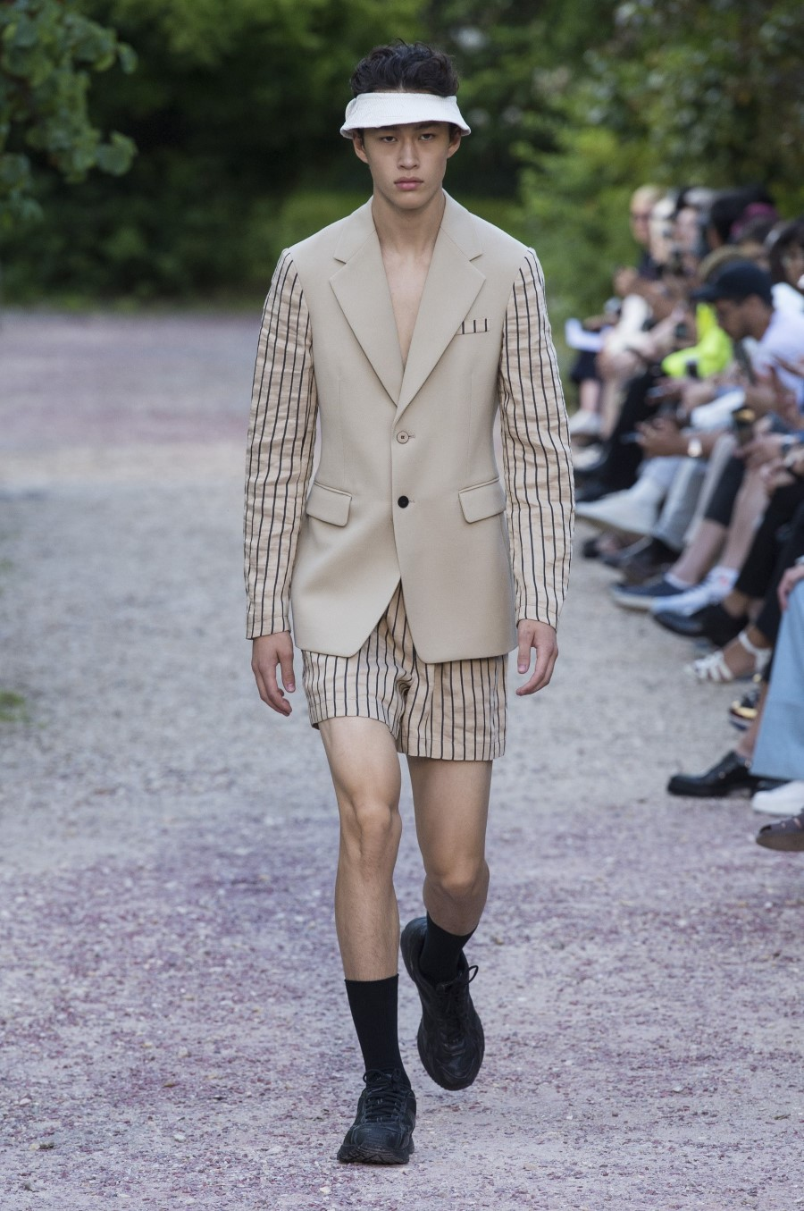 Sean Suen Spring/Summer 2019 - Paris Fashion Week