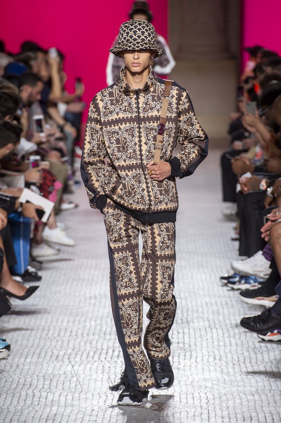 Valentino Spring Summer 2019 - Paris Fashion Week