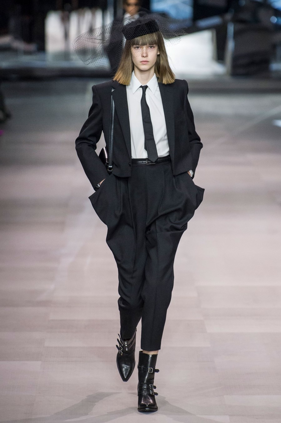 Celine Printemps/Été 2019 – Paris Fashion Week
