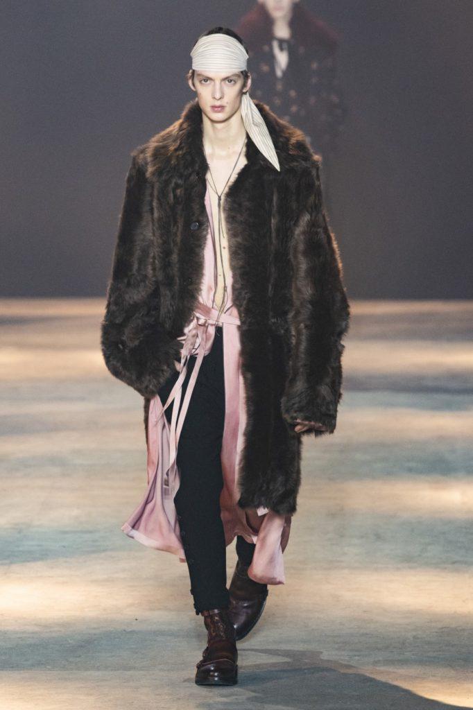 Ann Demeulemeester Automne/Hiver 2019 - Paris Fashion Week