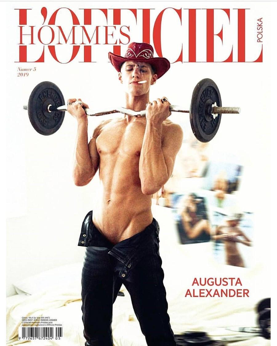 Officiel Hommes Poland Number 5 2019 - Augusta Alexander