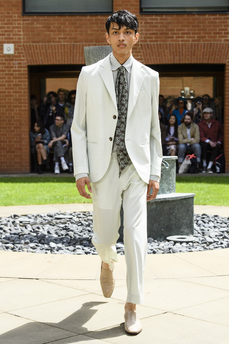 Edward Crutchley - Printemps-Été 2020 - London Fashion Week Men's