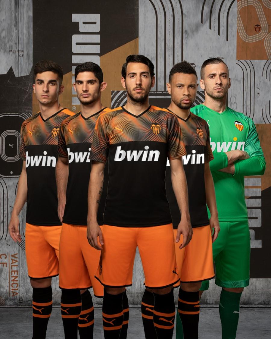PUMA Football x VALENCIA CF Saison 2019-2020 - Away Kit