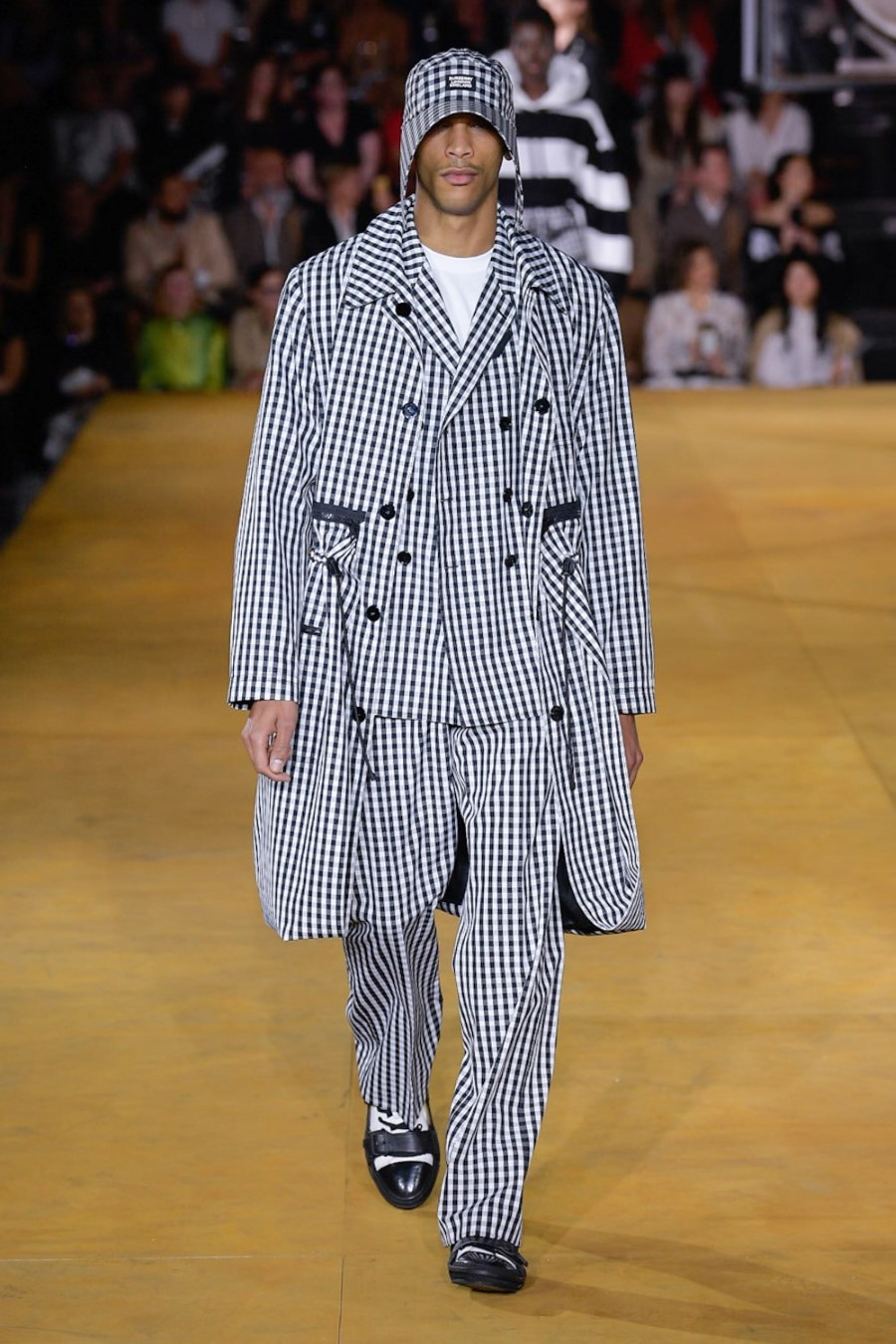 Burberry Printemps-Été 2020 - London Fashion Week