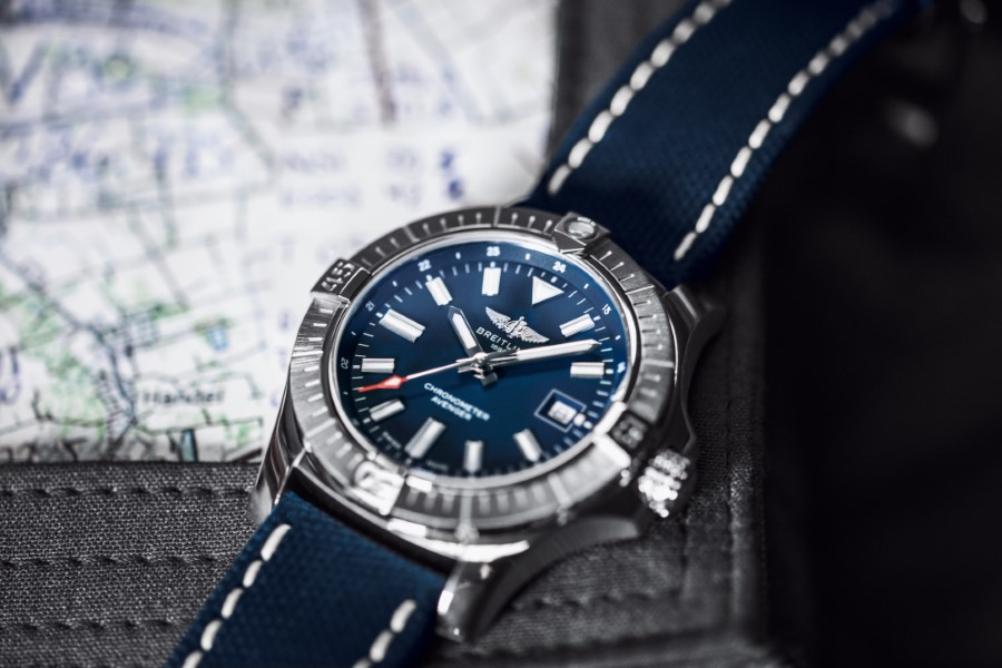 Breitling Avenger Collection - Breitling Avenger Automatic 43