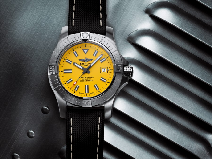 Breitling Avenger Collection - Breitling Avenger Automatic 45 Seawolf