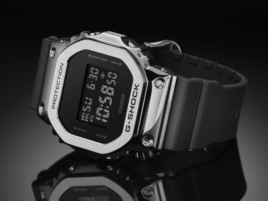 G-SHOCK GM-5600-1ER