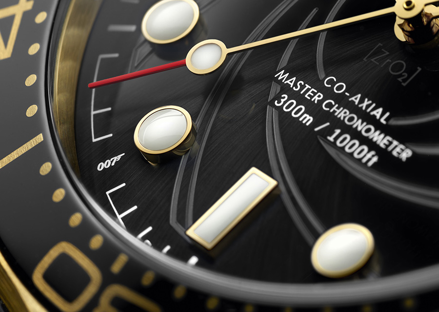 OMEGA Seamaster Diver 300M x James Bond
