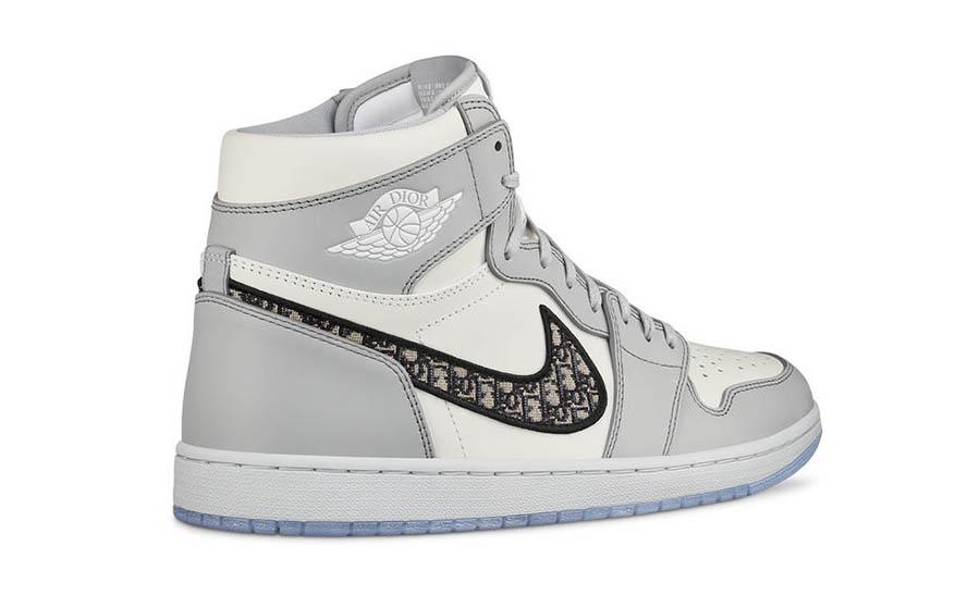Air Jordan 1 High OG x Dior Men