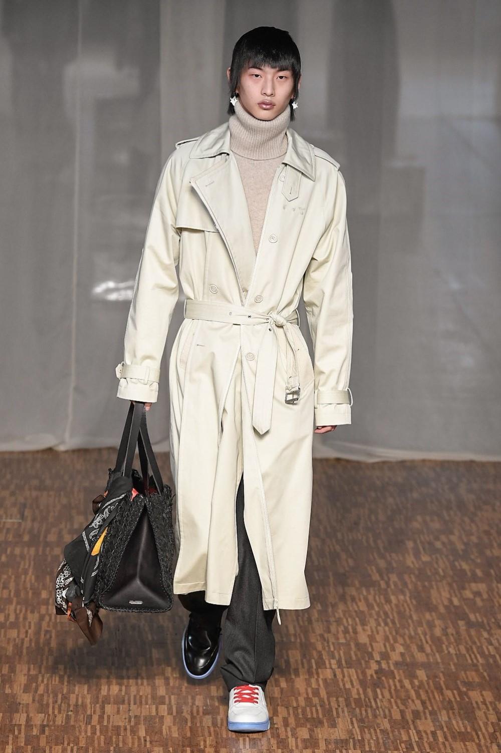 Off-White - Automne-Hiver 2020-2021 - Paris Fashion Week