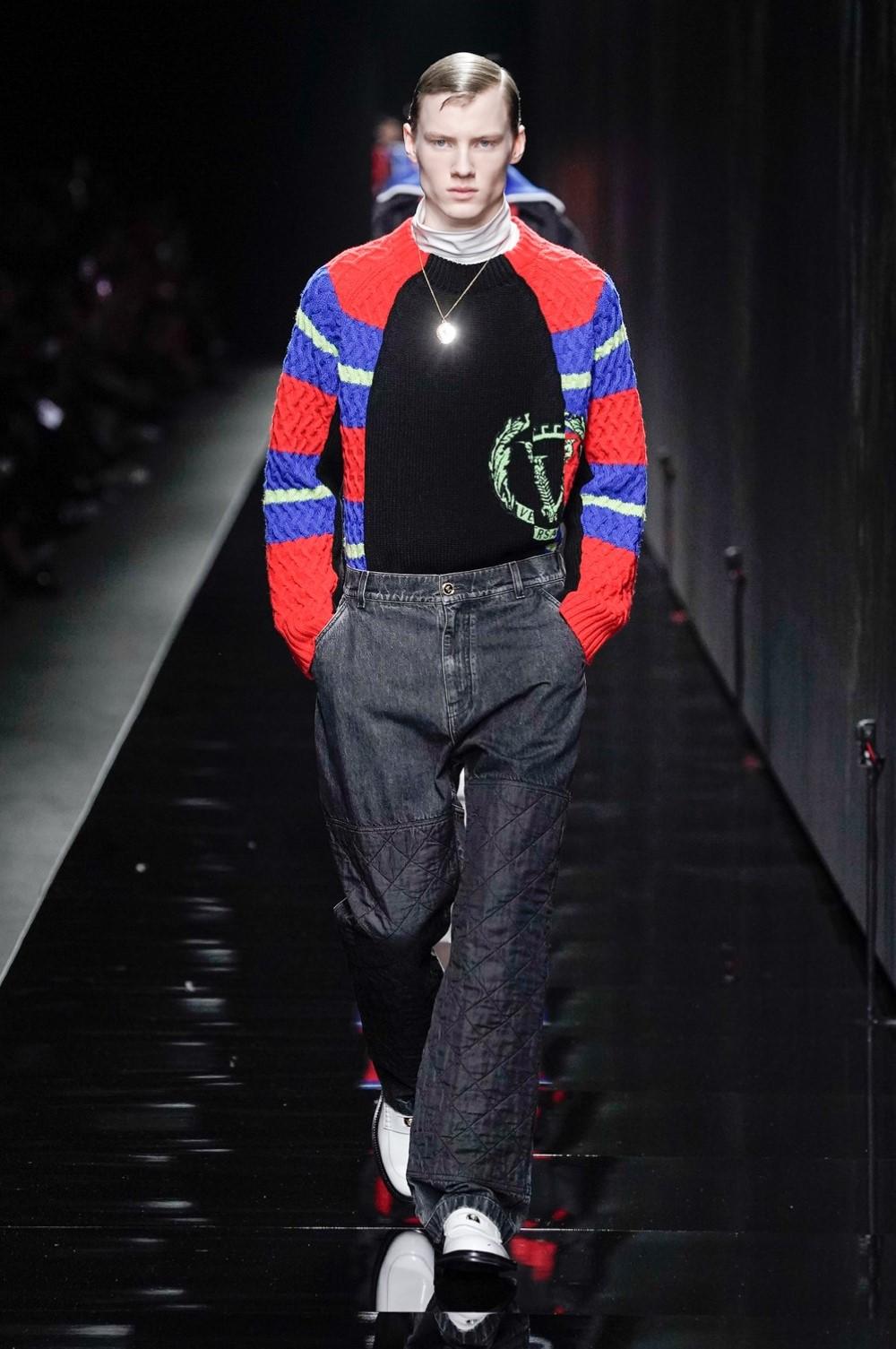 Versace Automne Hiver 2020 2021 Milan Fashion Week 8