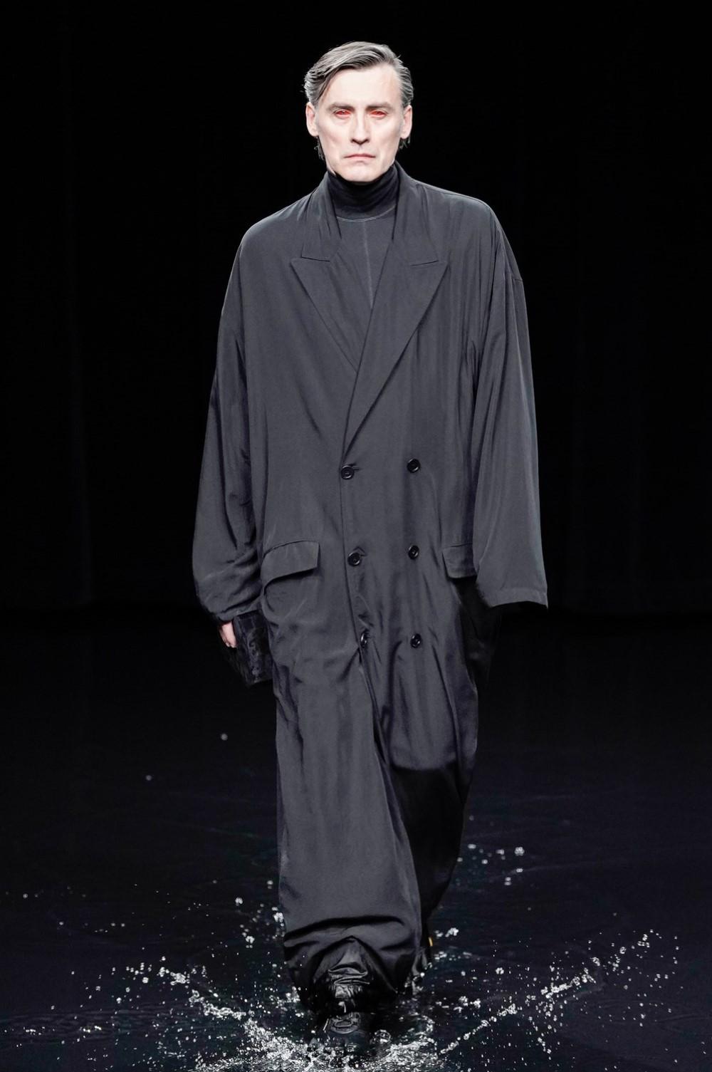 Balenciaga Automne-Hiver 2020-2021 - Paris Fashion Week