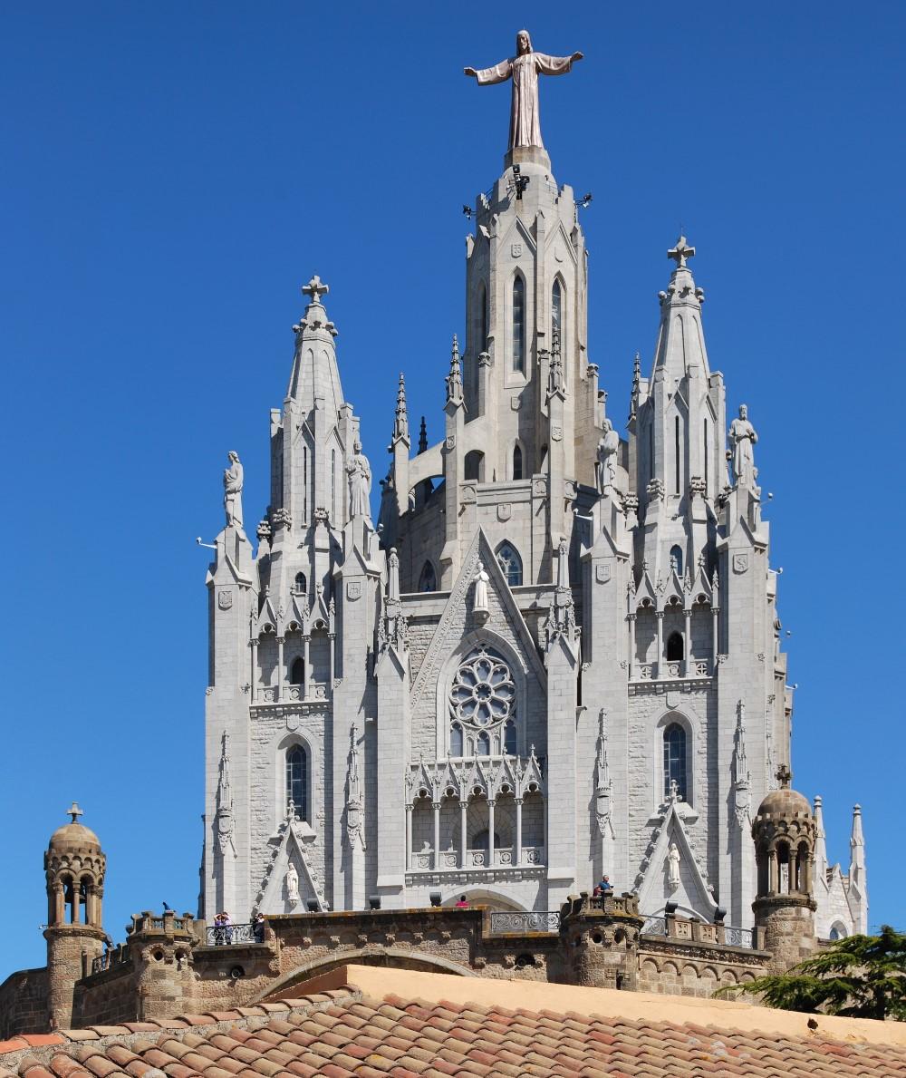 Dix Chefs-d'œuvre colossales - TEMPLE EXPIATORI DEL SAGRAT COR Espagne