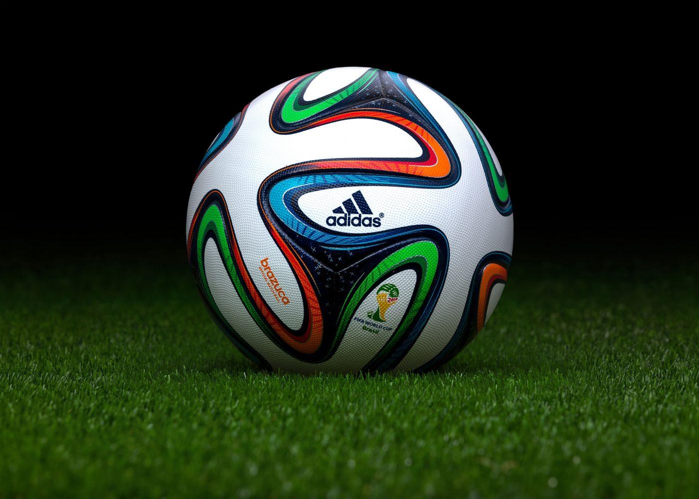 Retour sur un demi-siècle FIFA - adidas Brazuca Brésil 2014