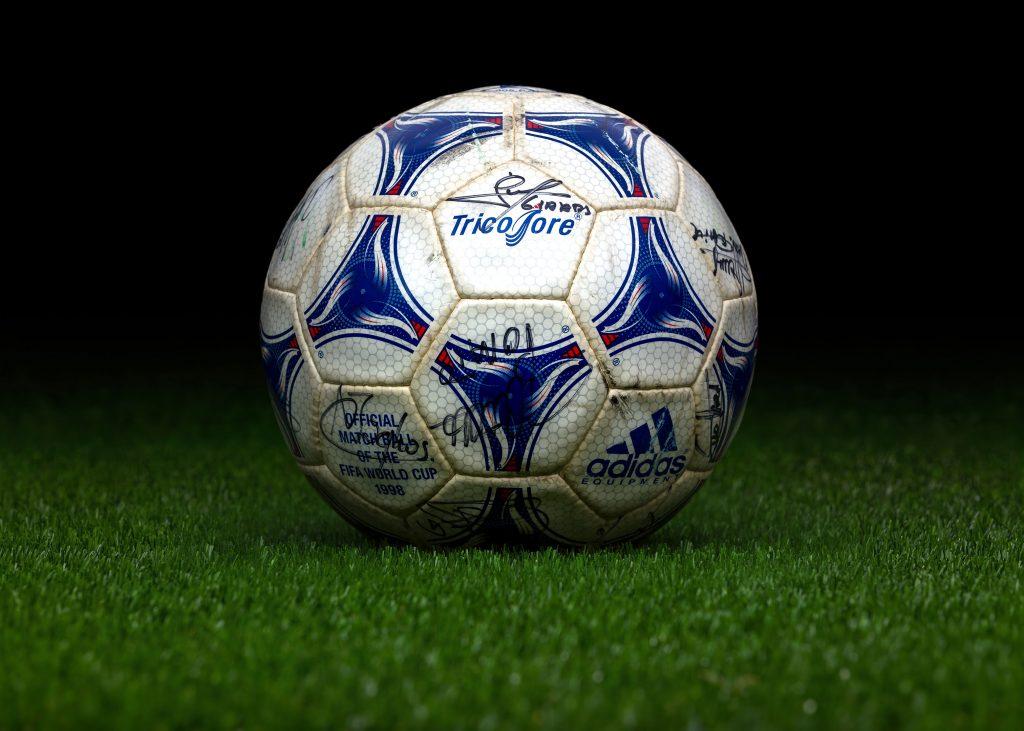 Retour sur un demi-siècle FIFA - adidas Tricolore France 1998