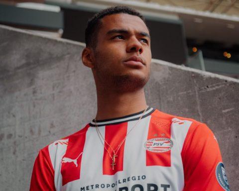 PUMA x PSV Eindhoven Kit domicile Saison 2020-21