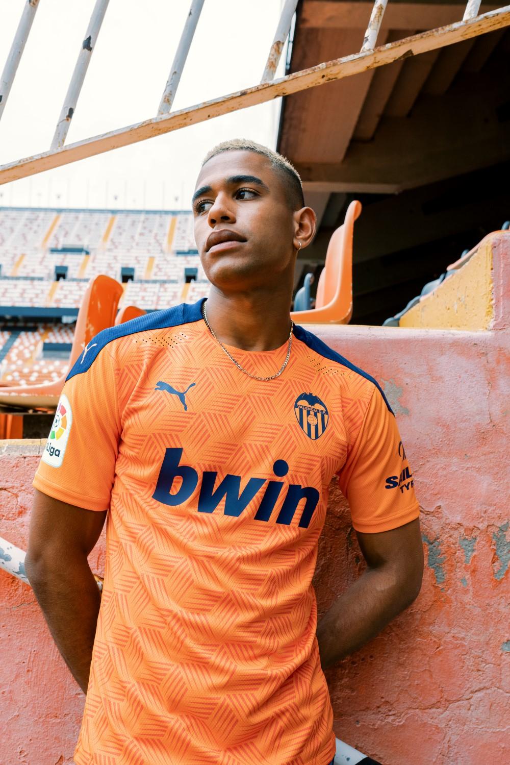 PUMA Football x Valencia C 2020-21 AWAY