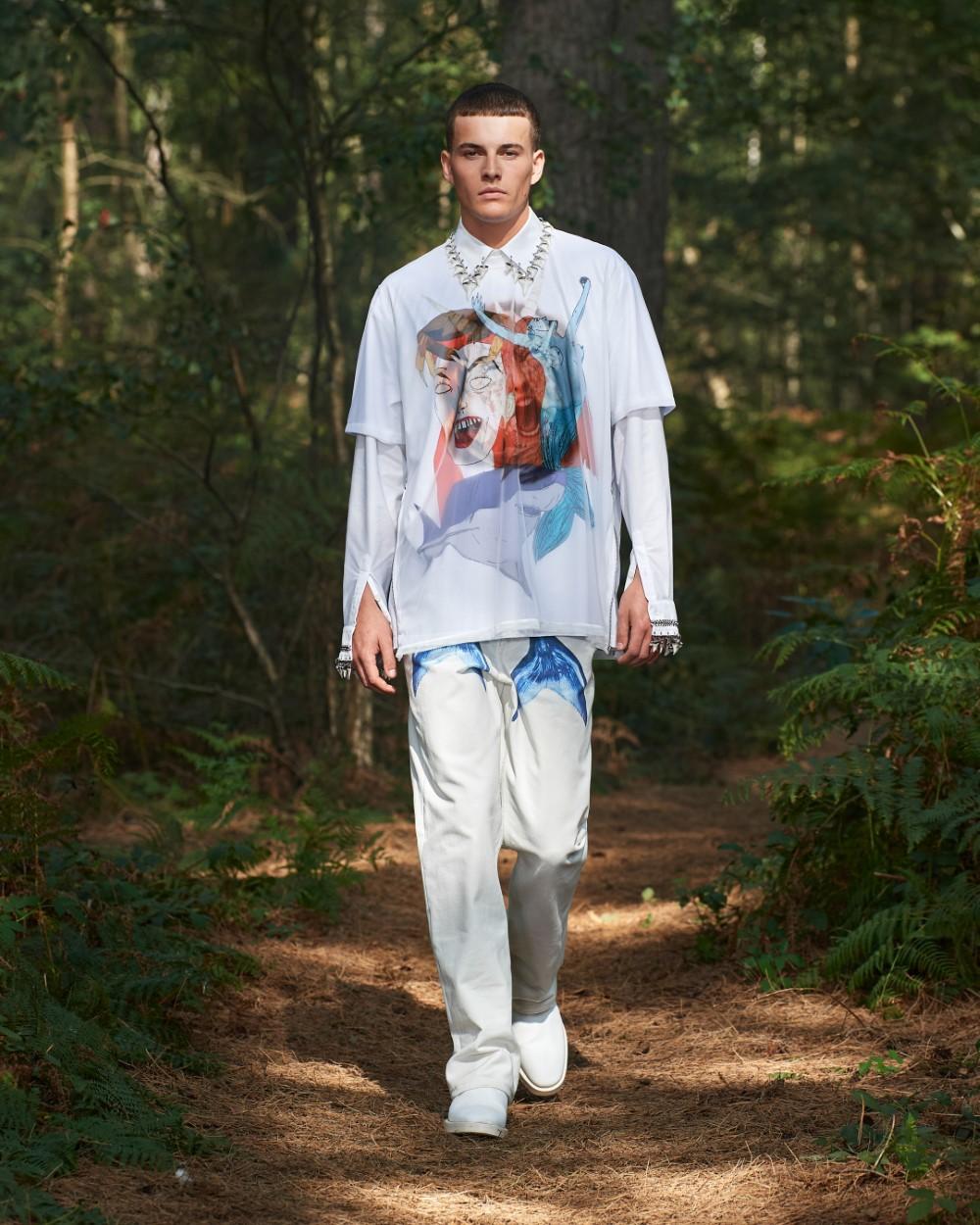 Burberry - Printemps-Été 2021 - London Fashion Week