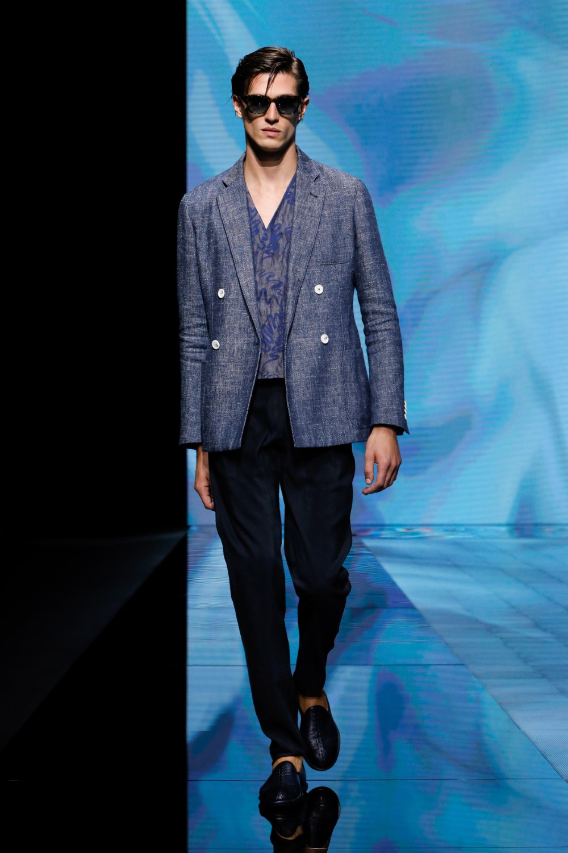 Giorgio Armani - Printemps-Été 2021 - Milan Fashion WeekGiorgio Armani - Printemps-Été 2021 - Milan Fashion Week