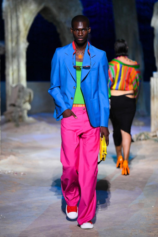 Versace - Printemps-Été 2021 - Milan Fashion WeekVersace - Printemps-Été 2021 - Milan Fashion Week