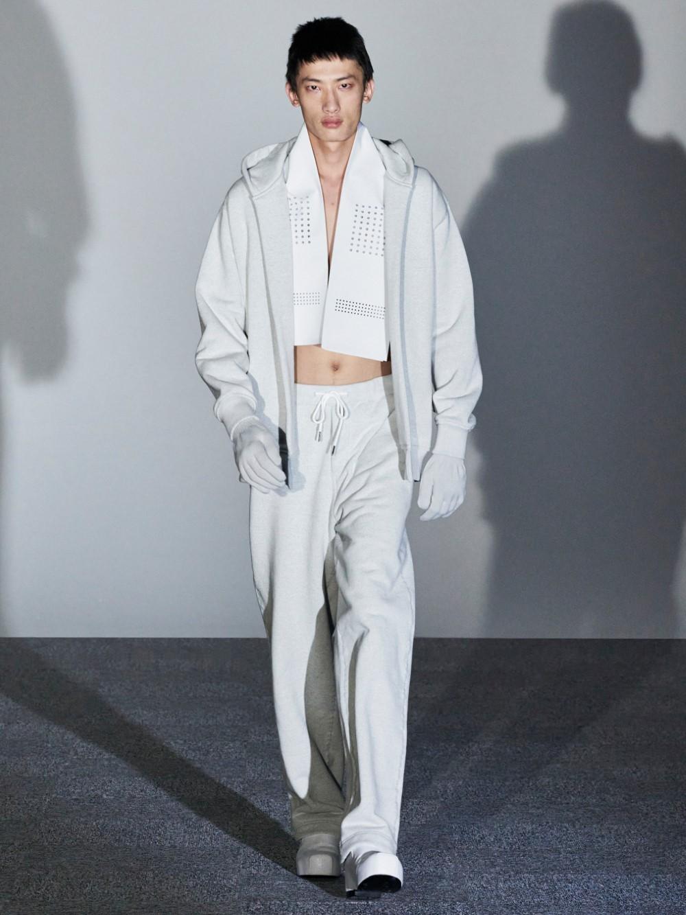 Xander Zhou Printemps Ete 2021 – London Fashion Week 4