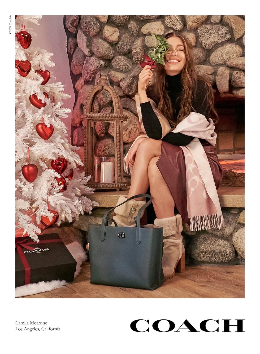 Coach - Campagne Holiday 2020 - Camila Morrone