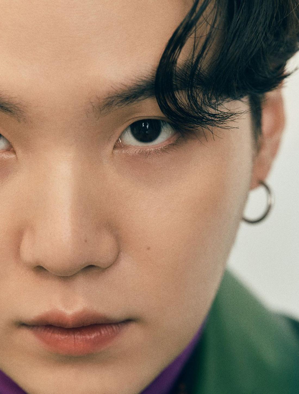 BTS x Esquire Numéro Hiver 2020 - Suga