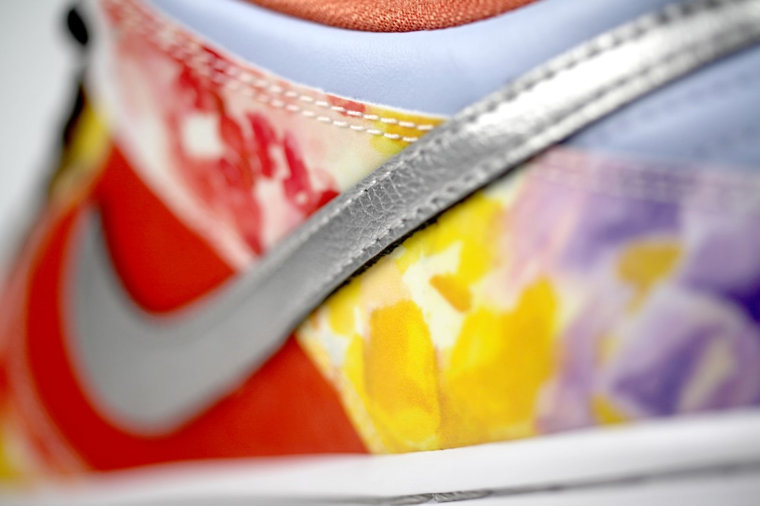 Nike SB Dunk Low Street Hawker 15