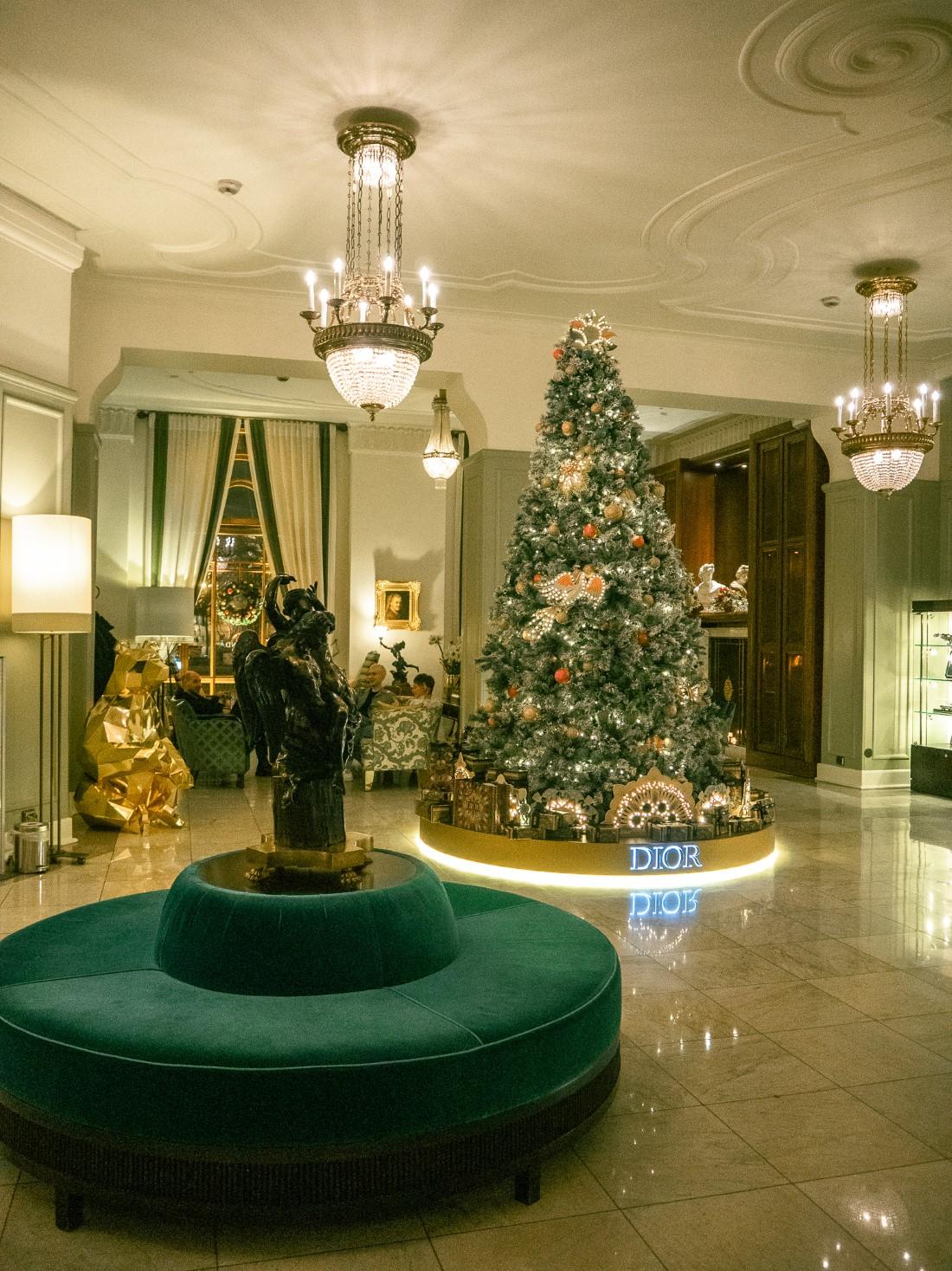 Rocco Forte Hotels - Sapin Hôtel Astoria St Petersbourg