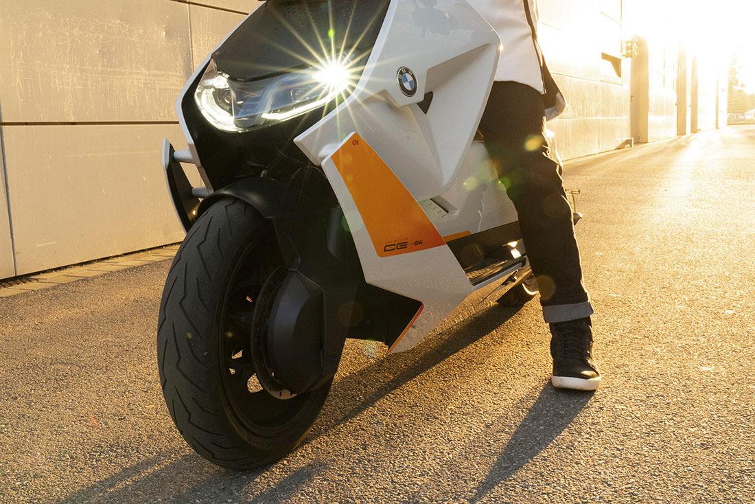 BMW Motorrad Definition CE 04