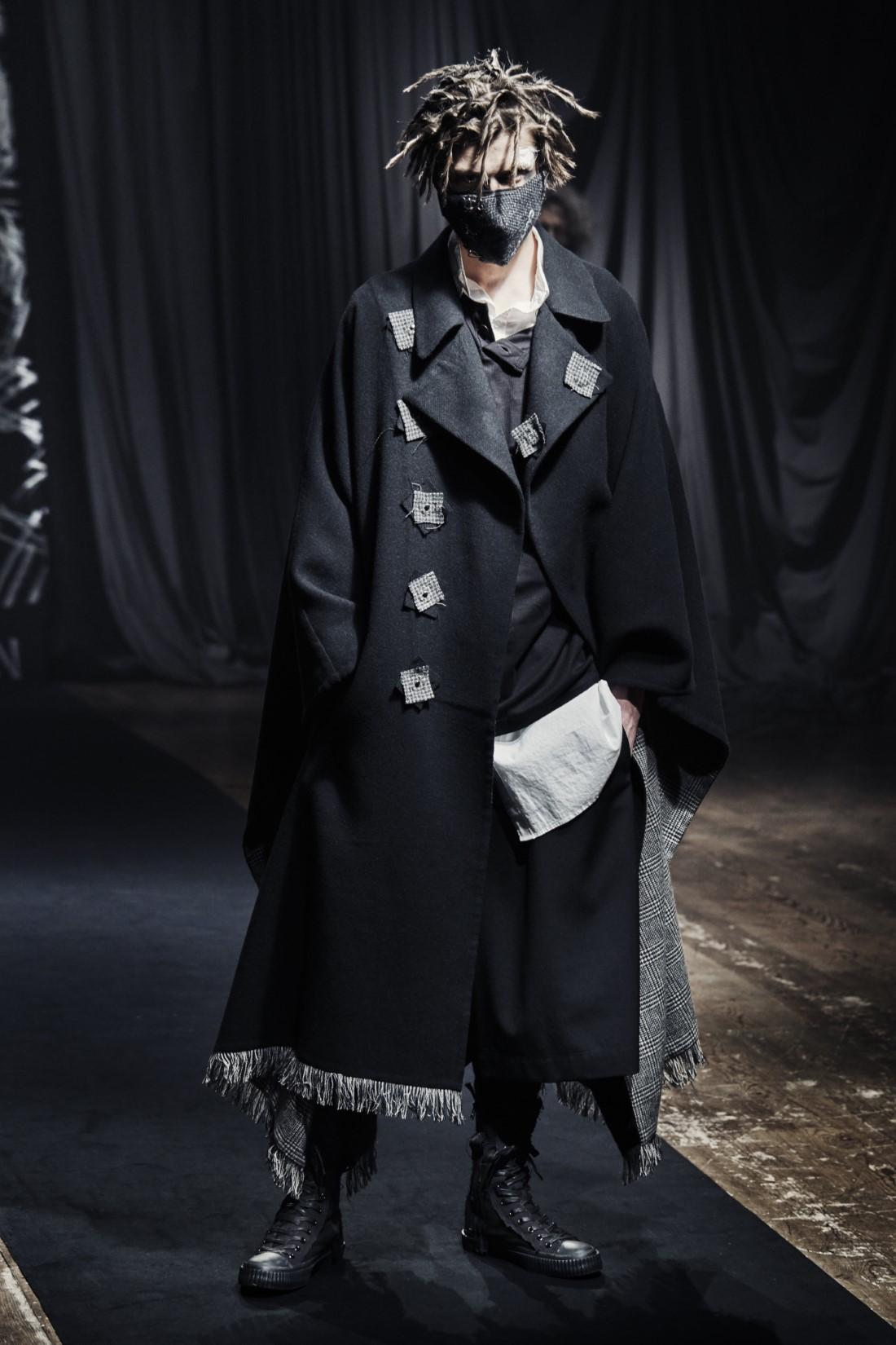 Yohji Yamamoto - Automne-Hiver 2021 - Paris Fashion Week