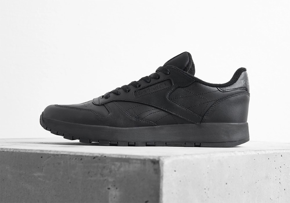 Maison Margiela x Reebok Classic Leather Tabi Black