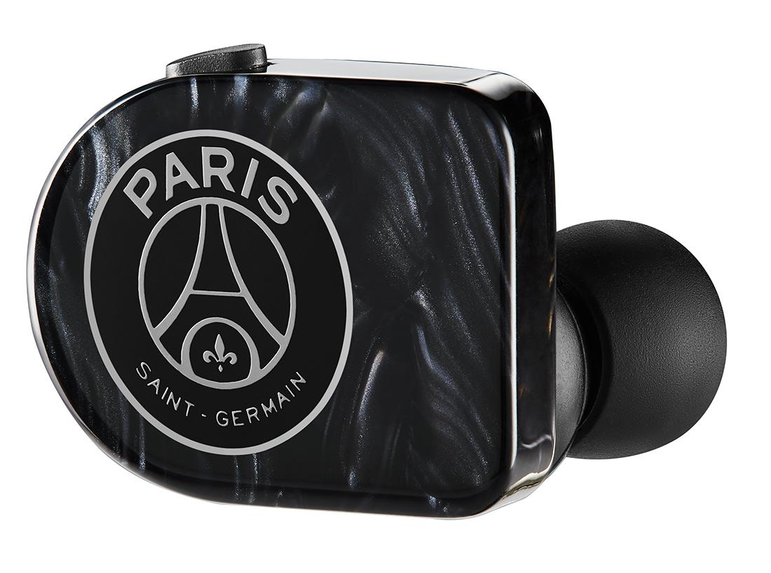 Paris Saint-Germain x Master & Dynamic