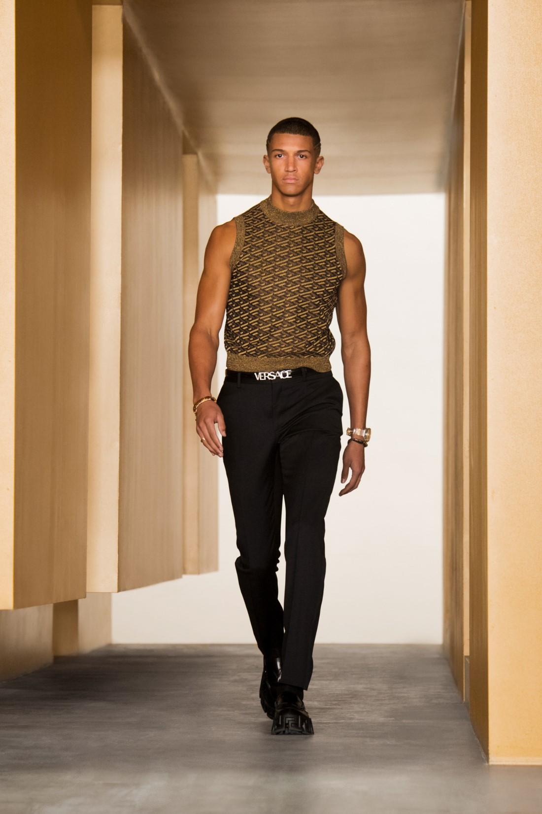 Versace - Automne-Hiver 2021-2022