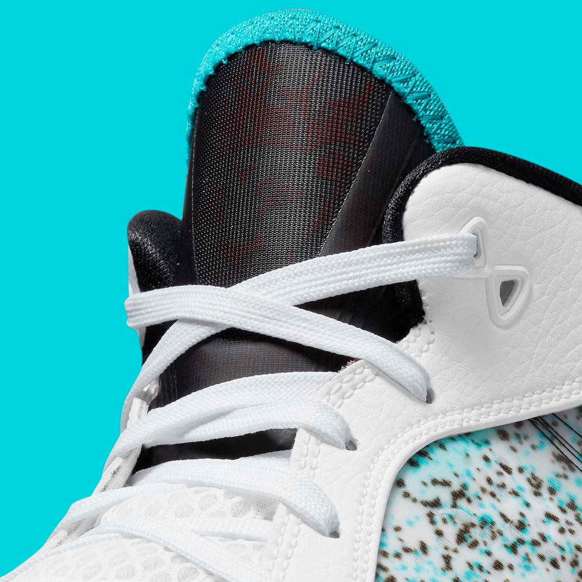 "Nike LeBron 8 Low V2 ""Miami Nights"""