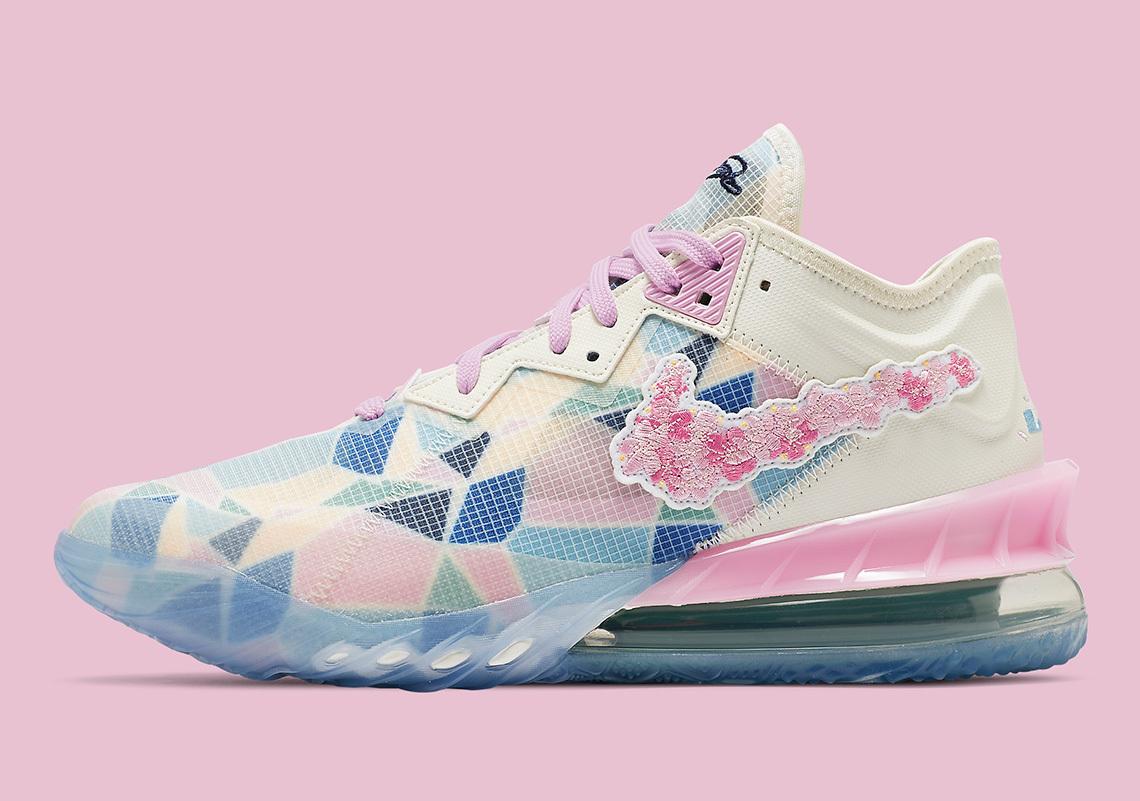 """atmos x Nike LeBron 18 Low """"Sakura"""""""