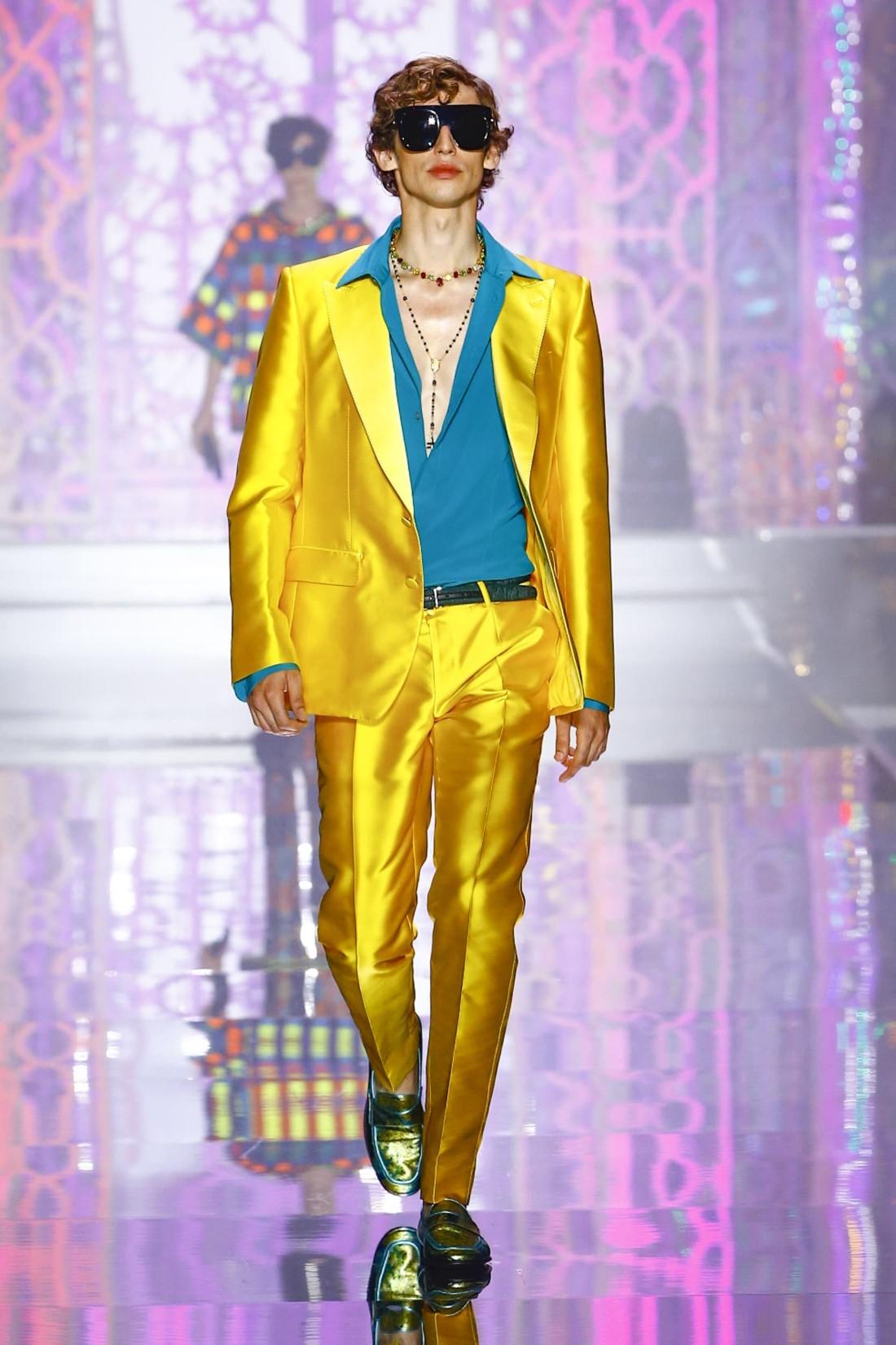 Dolce Gabbana Printemps Ete 2022 Milan Fashion Week 44