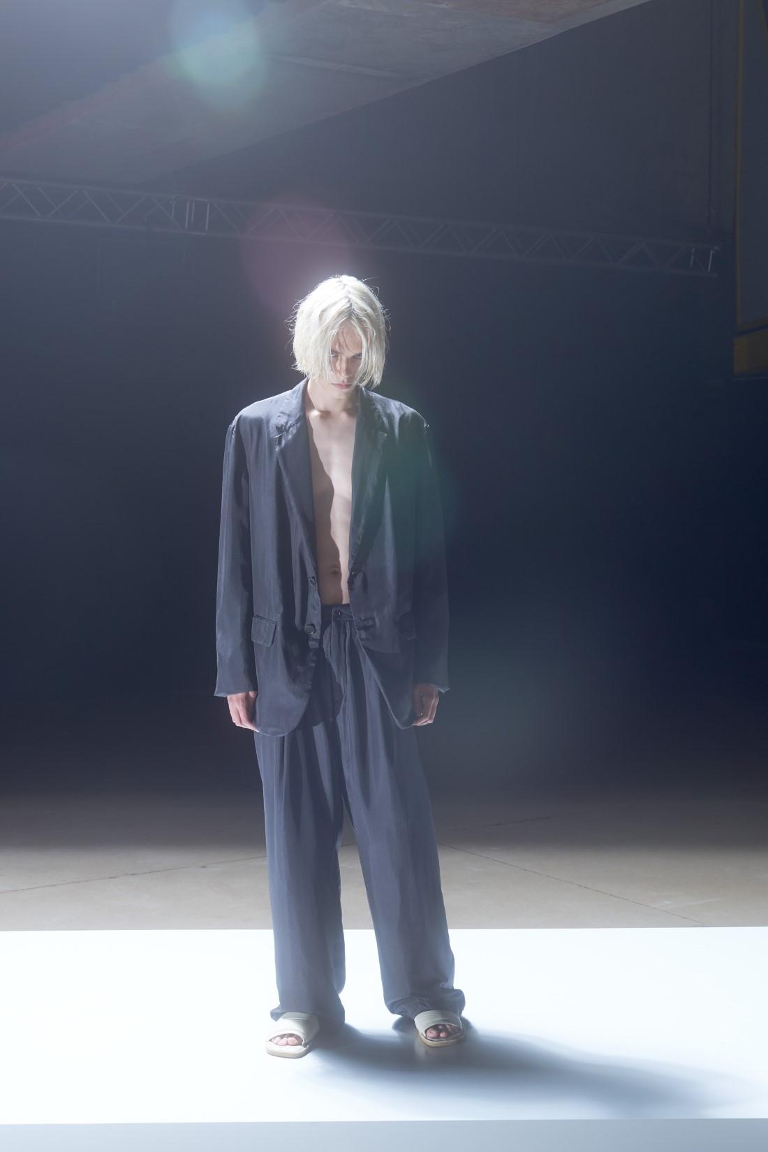 Dries Van Noten - Printemps-Été 2022 - Paris Fashion Week