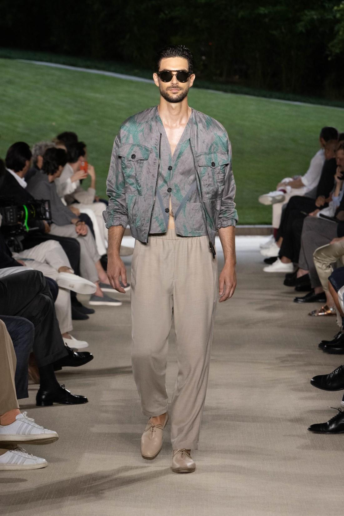 Giorgio Armani - Printemps-Été 2022 - Milan Fashion Wee
